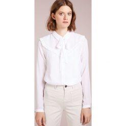 BOSS CASUAL CALVINA Koszula white. Białe koszule damskie BOSS Casual, z jedwabiu, casualowe. Za 709,00 zł.