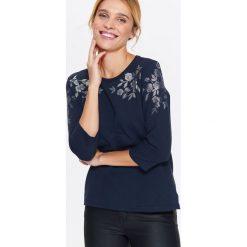 Bluzy rozpinane damskie: BLUZA NIEROZPINANA DAMSKA Z KWIATOWYM NADRUKIEM
