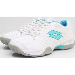 Lotto T TOUR 600 X W       Obuwie multicourt white/green. Białe buty do tenisu damskie Lotto, z materiału. Za 249,00 zł.