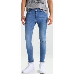 Topman GARCIA SPRAY ON Jeans Skinny Fit blue. Niebieskie rurki męskie marki Topman. W wyprzedaży za 125,40 zł.