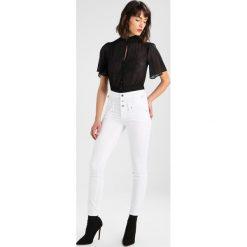 Liu Jo Jeans BOTTOM UP RAMPY Jeans Skinny Fit bianco. Białe boyfriendy damskie Liu Jo Jeans, z bawełny. W wyprzedaży za 479,20 zł.