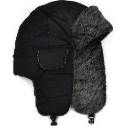 Czapka męska Uszanka Petersburg czarno-szara. Czarne czapki zimowe męskie Art of Polo. Za 36,52 zł.