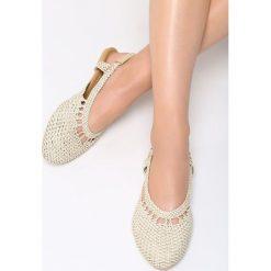 Beżowe Sandały Head Over Heels. Brązowe sandały damskie marki Born2be, z materiału, na obcasie. Za 49,99 zł.