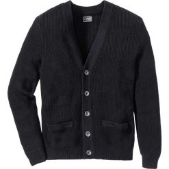 Sweter rozpinany Regular Fit bonprix czarny. Czarne kardigany męskie bonprix, l, w prążki. Za 49,99 zł.