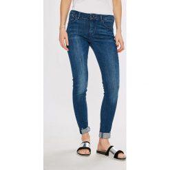 Scotch & Soda - Jeansy La Parisienne. Niebieskie jeansy damskie Scotch & Soda, z bawełny, z obniżonym stanem. W wyprzedaży za 339,90 zł.