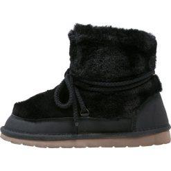 GAP Botki sznurowane true black. Czarne buty zimowe damskie GAP, z materiału, na sznurówki. Za 249,00 zł.