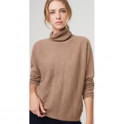 Kaszmirowy sweter w kolorze karmelowym. Brązowe golfy damskie marki Rodier, z kaszmiru. W wyprzedaży za 391,95 zł.