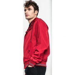 Medicine - Kurtka Slow Future. Czerwone kurtki męskie bomber MEDICINE, m, z materiału, z kapturem. W wyprzedaży za 79,90 zł.