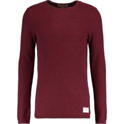 Swetry klasyczne męskie: TOM TAILOR DENIM STRUCTURED CREWNECK Sweter deep burgundy red