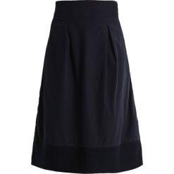 Spódniczki plisowane damskie: And Less IMOLA Spódnica trapezowa dark blue