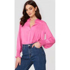 Bluzki damskie: MANGO Bluzka z marszczeniem na rękawie – Pink