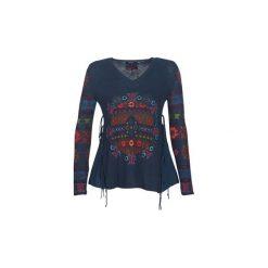 Swetry Desigual  OLIVIA. Szare swetry klasyczne damskie Desigual, l. Za 309,00 zł.