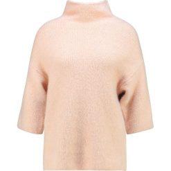 Swetry klasyczne damskie: Aaiko ALISSA  Sweter rose champagne
