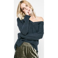 Swetry oversize damskie: Pepe Jeans - Sweter Alexas