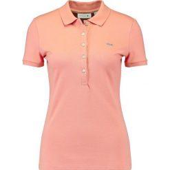 Lacoste BASIC Koszulka polo shany. Czerwone t-shirty damskie Lacoste, z bawełny, polo. Za 399,00 zł.