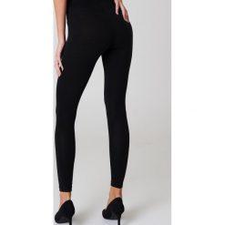 NA-KD Basic Legginsy Basic - Black. Różowe legginsy marki NA-KD Basic, z bawełny. Za 40,95 zł.