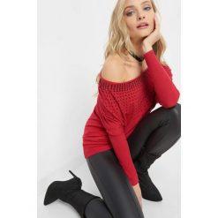 Luźny sweter z koralikami. Czerwone swetry klasyczne damskie marki Orsay, xs, z dzianiny. Za 99,99 zł.