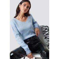 Glamorous Sweter z odkrytymi ramionami - Blue. Różowe swetry klasyczne damskie marki Glamorous, z nadrukiem, z asymetrycznym kołnierzem, asymetryczne. Za 141,95 zł.