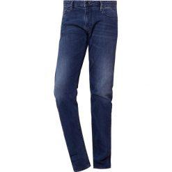 Emporio Armani Jeansy Slim Fit denim blue. Niebieskie jeansy męskie relaxed fit Emporio Armani, z bawełny. Za 719,00 zł.