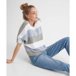 Swetry klasyczne damskie: Nietoperzowy sweter