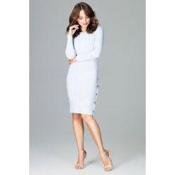 Sukienka z rozcięciem k464. Niebieskie sukienki balowe marki SaF, na co dzień, xl, z żakardem, z asymetrycznym kołnierzem, dopasowane. W wyprzedaży za 129,00 zł.
