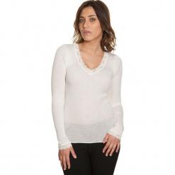 Koszulka w kolorze kremowym. Białe bluzki koronkowe Mare, m, klasyczne, z okrągłym kołnierzem, z długim rękawem. W wyprzedaży za 159,95 zł.