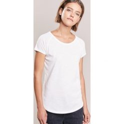 T-shirty damskie: CLOSED WOMENS TOPSOFT VINTAGE Tshirt basic blanched almond