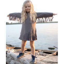 Sukienka Macrama szara. Szare sukienki dziewczęce Pakamera, z bawełny, eleganckie. Za 105,00 zł.