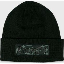 Reebok - Czapka. Czarne czapki zimowe męskie Reebok, na zimę, z bawełny. W wyprzedaży za 99,90 zł.