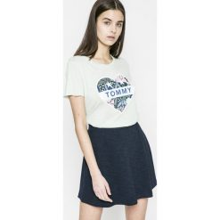 Topy damskie: Tommy Jeans – Top