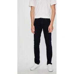 Wrangler - Jeansy Larston. Niebieskie jeansy męskie slim marki House, z jeansu. Za 329,90 zł.