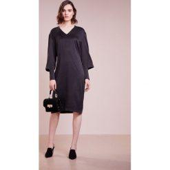 Sukienki hiszpanki: Bruuns Bazaar ANNI DRESS Sukienka letnia black