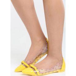Żółte Balerinki Gotta Make It. Żółte baleriny damskie lakierowane Born2be, z lakierowanej skóry, na obcasie. Za 49,99 zł.