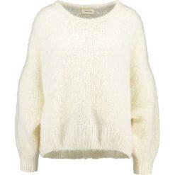 Swetry klasyczne damskie: American Vintage SIRIBAY Sweter nacre