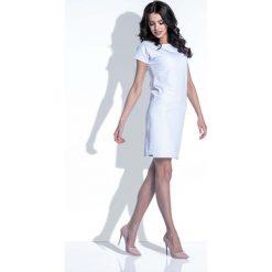 Biała Sukienka z Wycięciem na Plecach. Białe sukienki letnie Molly.pl, na imprezę, s, w jednolite wzory, z bawełny, wakacyjne, z dekoltem na plecach, mini, dopasowane. Za 122,90 zł.