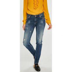 Silvian Heach - Jeansy. Szare jeansy damskie rurki marki G-Star RAW, z obniżonym stanem. Za 379,90 zł.