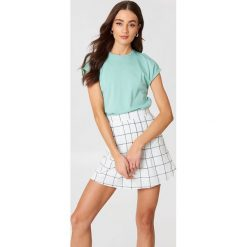 Rut&Circle T-shirt Ella Basic - Green. Zielone t-shirty damskie marki Rut&Circle, z dzianiny, z okrągłym kołnierzem. Za 80,95 zł.
