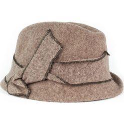 Kapelusz damski Asymetria brązowy (cz14215). Brązowe kapelusze damskie Art of Polo. Za 70,68 zł.