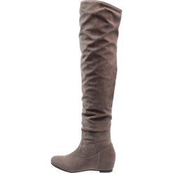 Anna Field Kozaki na koturnie dark grey. Czarne buty zimowe damskie marki Born2be, z materiału, z okrągłym noskiem, na niskim obcasie, na koturnie. W wyprzedaży za 167,20 zł.
