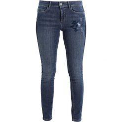 Boyfriendy damskie: comma Jeans Skinny Fit blue denim