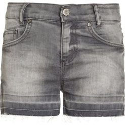 Blue Effect Szorty jeansowe grey denim. Niebieskie szorty jeansowe damskie marki Retour Jeans. Za 149,00 zł.
