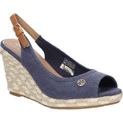 Sandały na koturnie Wrangler Brava WL171612. Szare sandały damskie Wrangler, na koturnie. Za 178,99 zł.
