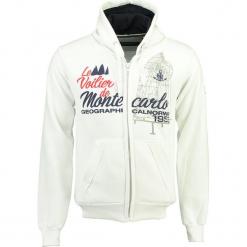 """Bluza """"Gatche"""" w kolorze białym. Białe bluzy męskie Geographical Norway Men, m, z haftami, prążkowane. W wyprzedaży za 136,95 zł."""