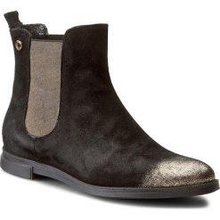 Sztyblety CARINII - B3560 H93-000-PSK-B50. Czarne buty zimowe damskie Carinii, z materiału. W wyprzedaży za 249,00 zł.