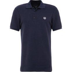 Rag & bone Koszulka polo navy. Niebieskie koszulki polo rag & bone, m, z bawełny. W wyprzedaży za 455,20 zł.