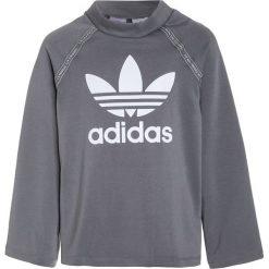 Adidas Originals Bluza grey three/white. Czerwone bluzy chłopięce adidas Originals, z materiału. W wyprzedaży za 159,20 zł.
