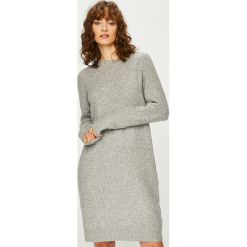 Vero Moda - Sukienka. Szare sukienki dzianinowe Vero Moda, na co dzień, l, casualowe, z okrągłym kołnierzem, mini, proste. Za 149,90 zł.