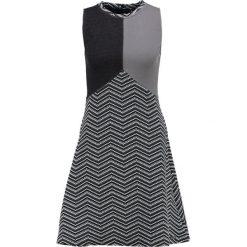 Sukienki dzianinowe: Smash CHAMBER Sukienka dzianinowa grey