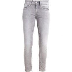 GStar LYNN MID SKINNY ANKLE  Jeansy Slim fit grey. Szare jeansy damskie relaxed fit marki G-Star. W wyprzedaży za 511,20 zł.