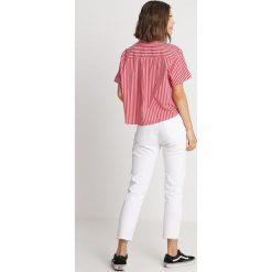 Tommy Jeans SUMMER SHORT STRIPE  Koszula poppy red / bright white. Czerwone koszule jeansowe damskie marki Tommy Jeans, xs. Za 349,00 zł.